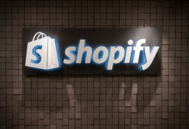 Pros & Cons of Using Shopify for eCommerce