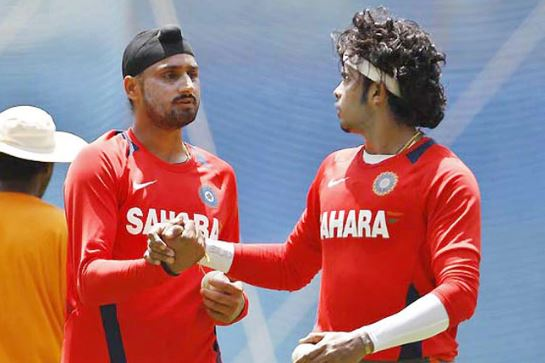 Harbhajan Slapping Sreesanth Incident In IPL