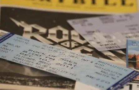 Save money on plane tickets