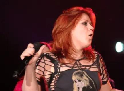 Kelly Clarkson (American singer)