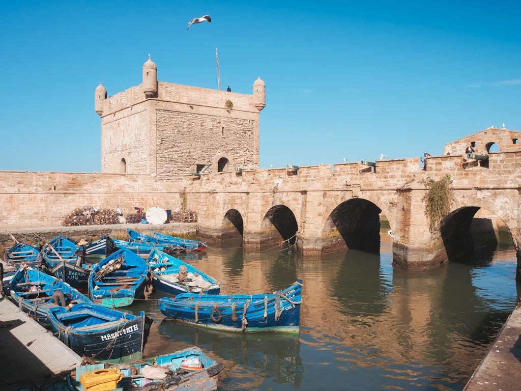 que-ver-en-essaouira-barcas-puerto-marruecos