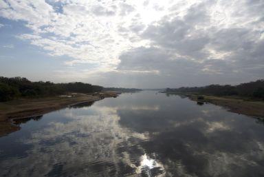 Wat een hoop water! Bij de Kazumi dam