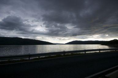Met een flinke afstand plus een ferrytocht is het redelijk laat voor we aankomen op de camping.
