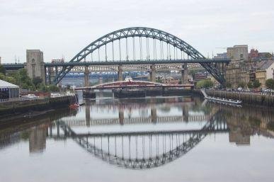 extra veel bruggen op verschillende hoogtes