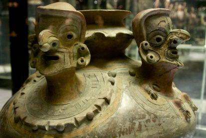 De groepen bewoners in Ecuador verschillen nogal en de kunst is dan ook zeer divers.