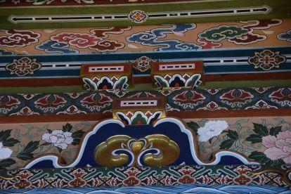 Ik weet nog dat ik een jaar of 20 geleden voor het eerst in een Boeddhistische tempel binnen kwam, ik heb jearen zo'n plafond gewild!
