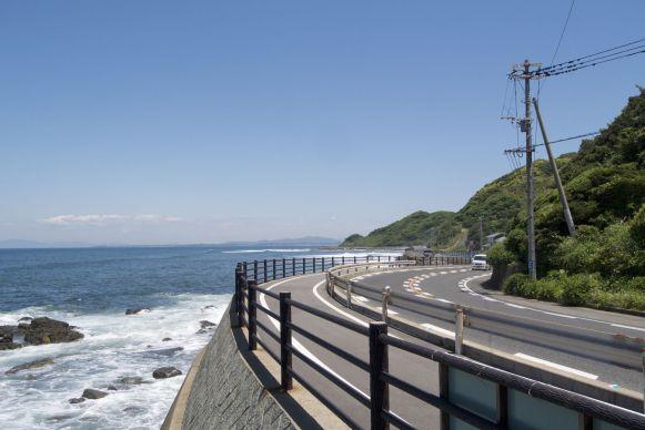 fietspaden in Japan variëren van vreselijk tot geweldig. Dit is een van het betere soort!