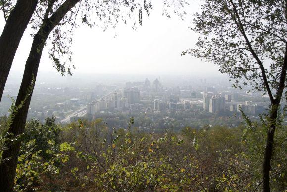 Uitzicht vanaf Kok Tobe over Almaty