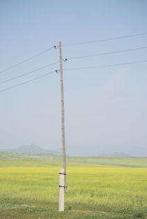 Interessante opbouw van een elektriciteitspaal.