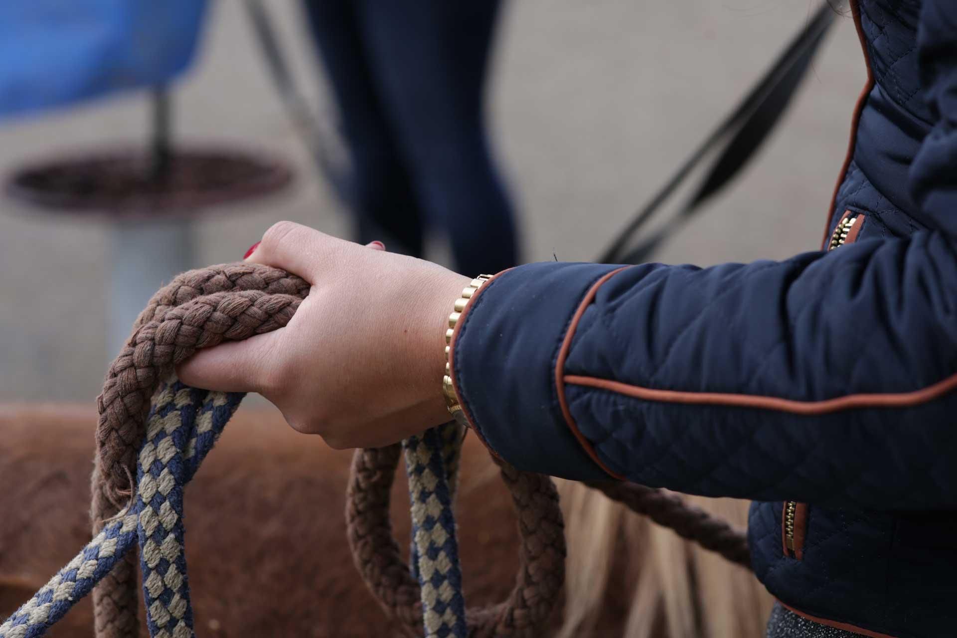 Hand am Seil