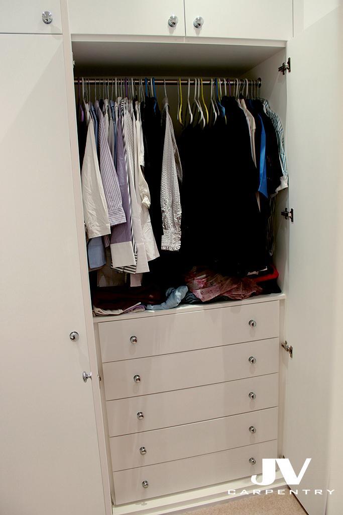 Wardrobe Drawers And Hanging