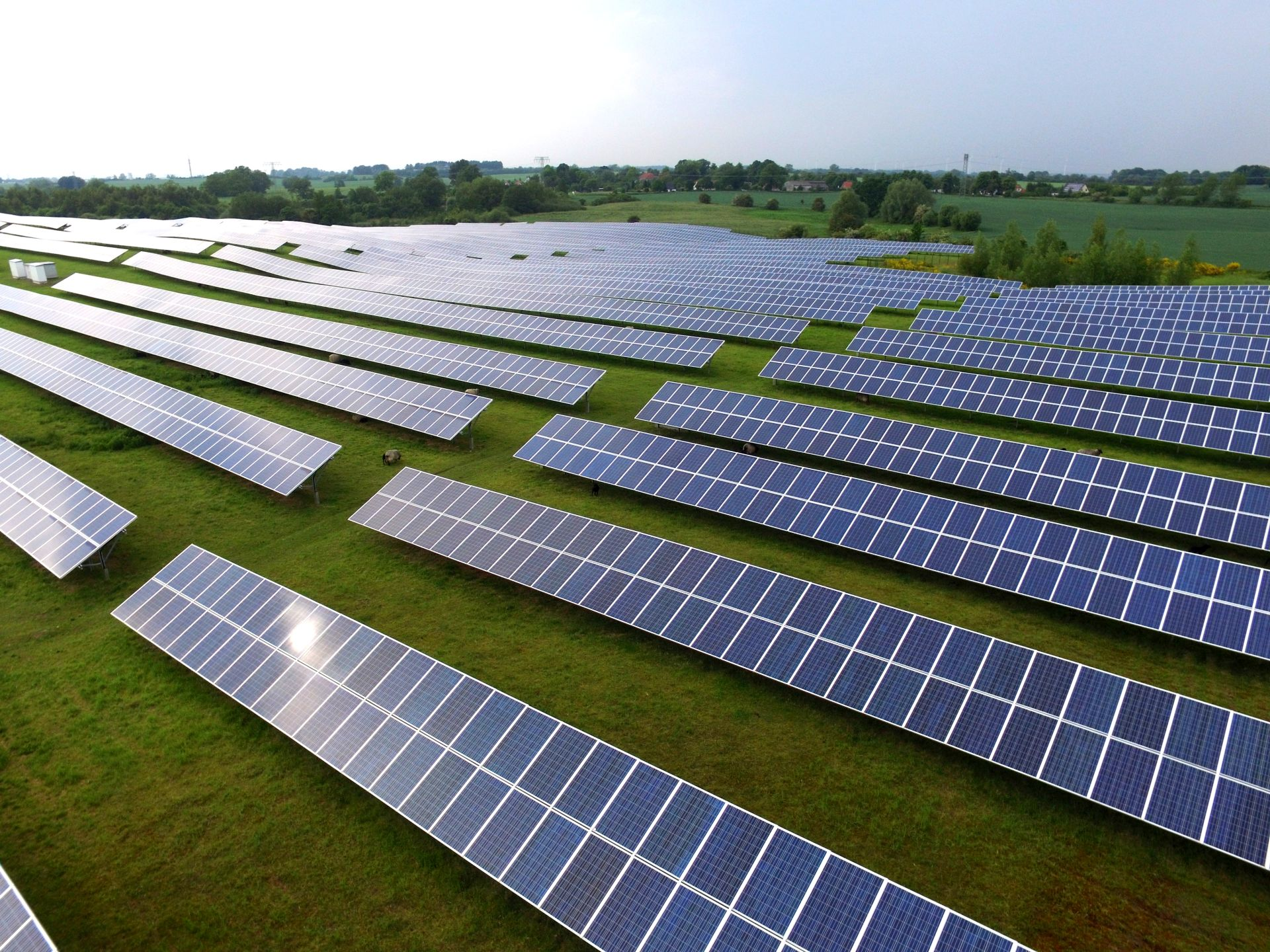 Photovoltaic modules with increased performance