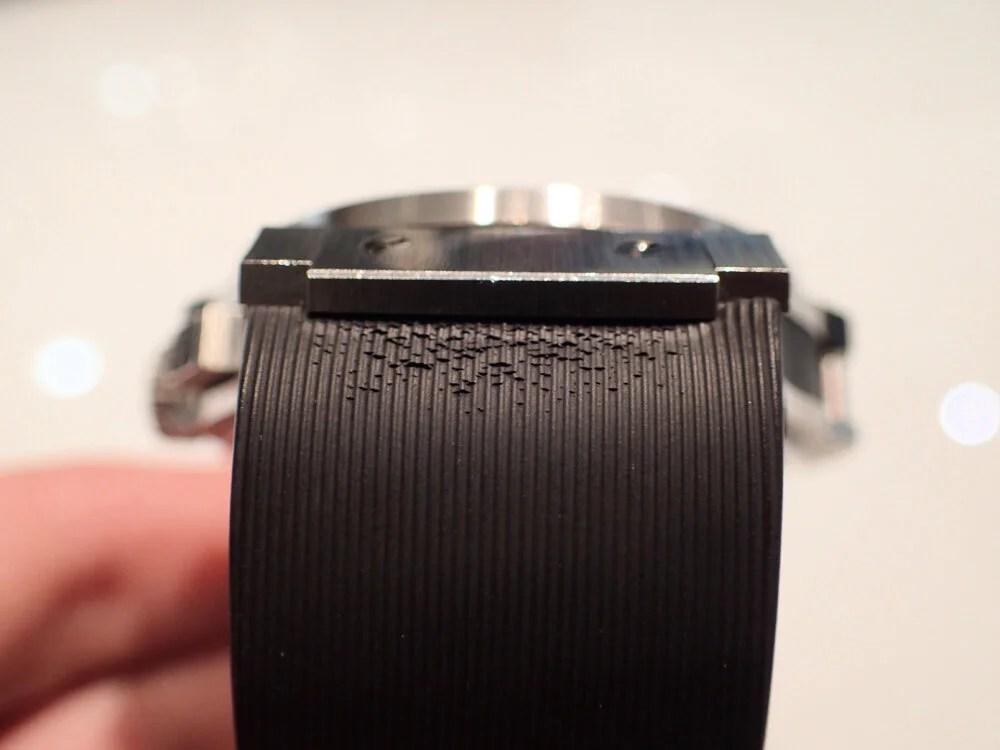 時計のラバーベルトが傷んでしまった時の対処法 ウブロ編 - HUBLOT メンテナンス