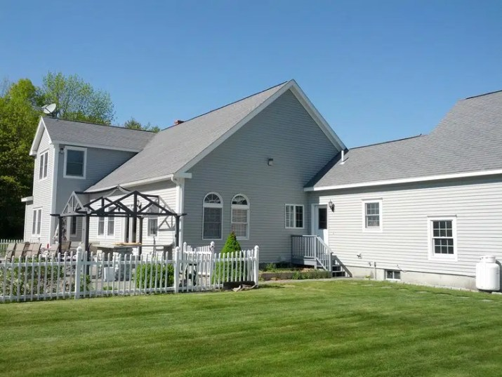 Standish Maine Exterior Painting (29)