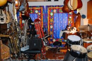 Renaissance man: Berkeley resident is a musician, a Web guru and the