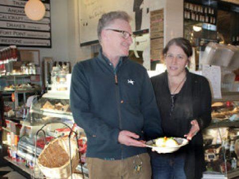 Peter Levitt and Karen Adelman(Photo/Cathleen Maclearie)