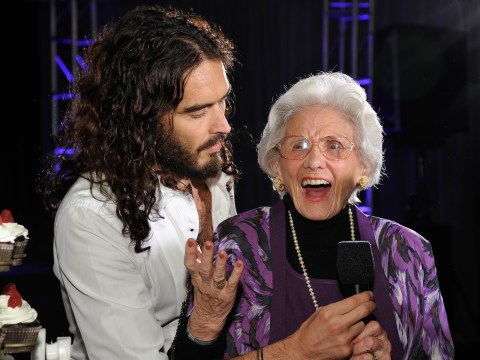 Connie Sawyer with comedian Russel Brand at a ceremony honoring her at Milk Studios in Hollywood, Calif., Oct. 20, 2012. (Photo/JTA-John Sciulli-Getty Images for Motion Picture & Television Fund)