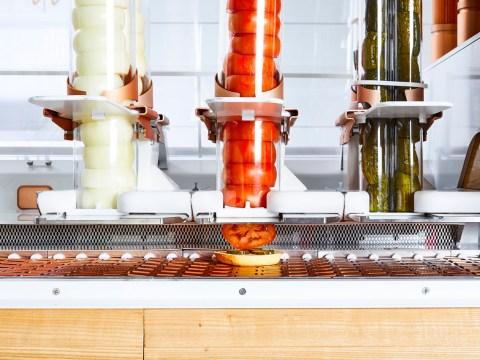 Robots prepare burgers at Creator. (Photos/Courtesy Creator)