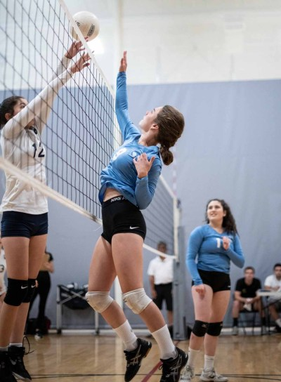 "Hannah Stern of the Kehillah Jewish High School girls volleyball during a Sept. 12 victory over Jewish Community High School the Bay in the ""Kiddush Cup."" (Courtesy/Kehillah Jewish High School)"