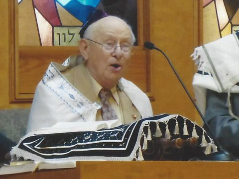 Cantor Henry Drejer at Congregation Ner Tamid in San Francisco