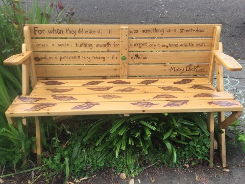 A bench that recently appeared on a sidewalk in central Berkeley. (DAPHNE WHITE)
