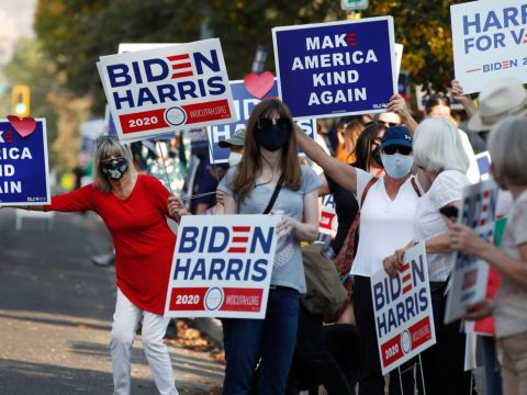 Supporters of Democratic presidential candidate and former U.S. Vice President Joe Biden show their support before the vice presidential debate outside Kingsbury Hall at the University of Utah in Salt Lake City, Oct. 7, 2020. (Photo/JTA-George Frey AFP via Getty Images)