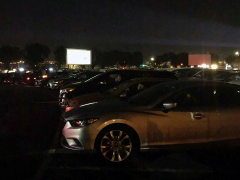 More than 80 cars crammed in front of a screen at the West Wind Capitol Drive-In in San Jose for a Jewish Study Network fundraiser, Nov. 15, 2020. (Photo/Deborah Melnick Hadjes)