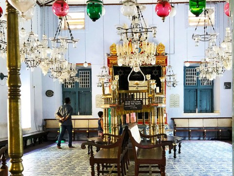 A look inside the 452-year-old Paradesi Synagogue in Kochi. (Photo/JTA-Christabel Lobo)