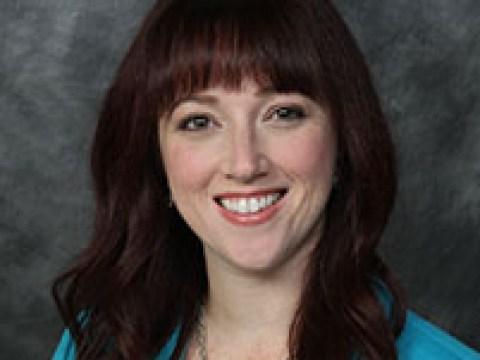Cantor Amanda Edmondson
