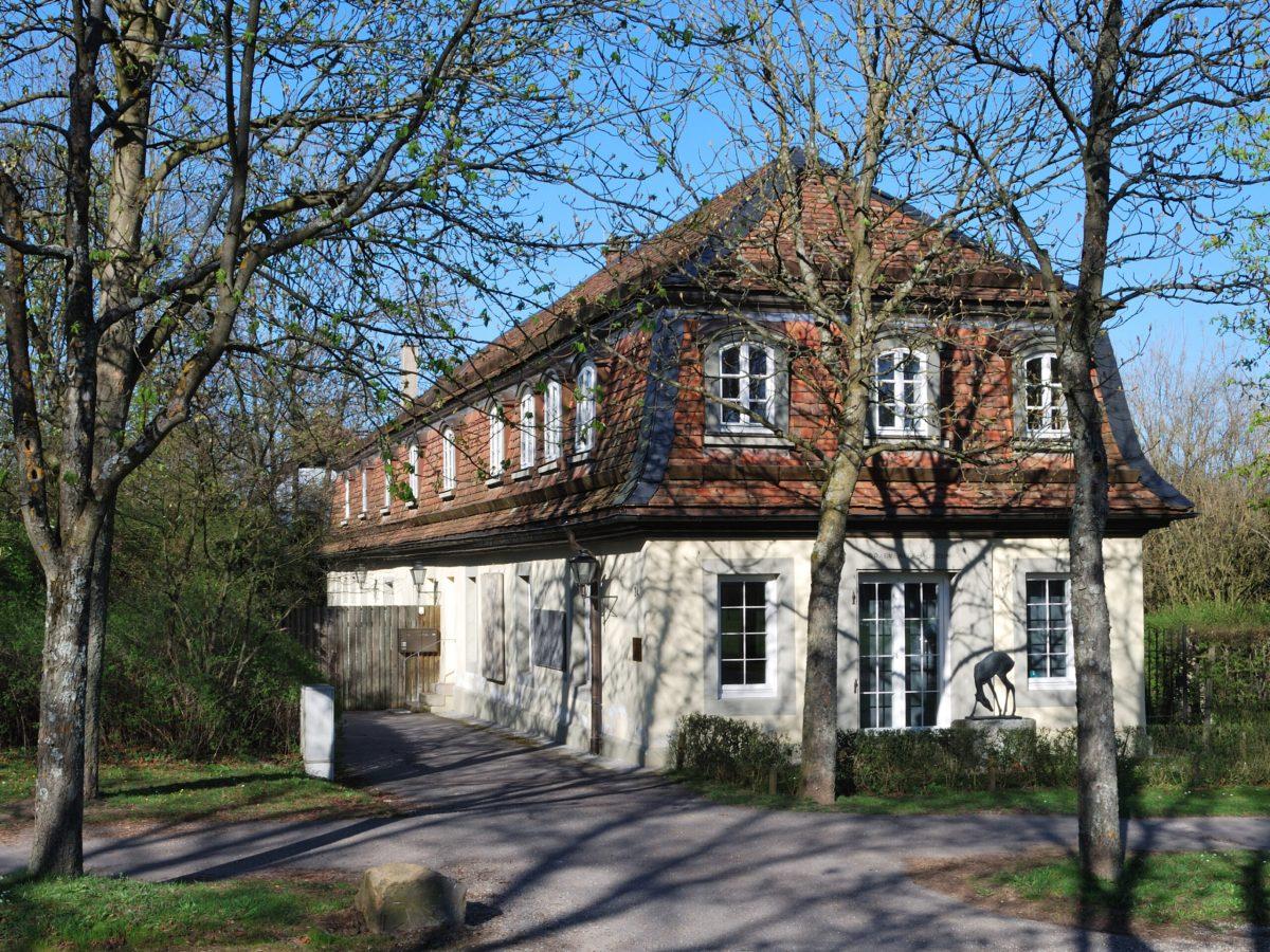 A museum devoted to Fritz von Graevenitz's work in Stuttgart, Germany. (Wikimedia Commons)