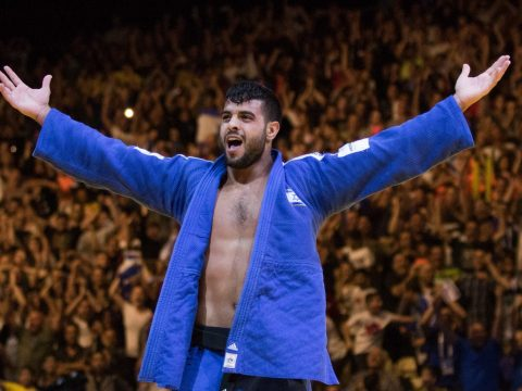 Israel's Sagi Muki celebrates after winning in the men's under 81 kg weight category during the European Judo Championship in Tel Aviv, April 27, 2018. (Photo/JTA-Roy Alima-Flash90)