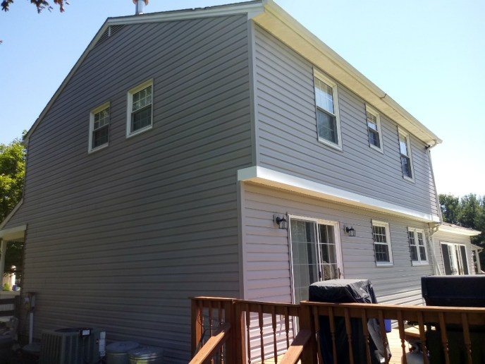 Vinyl Siding Installation in Carroll County Finksburg MD 21048 by JWE Remodeling and Roofing