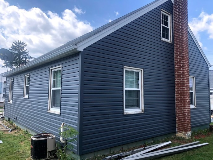Sding Contractor in Hanover PA JWE Remodeling and Roofing exterior remodeling project with custom trim,fascia, and more