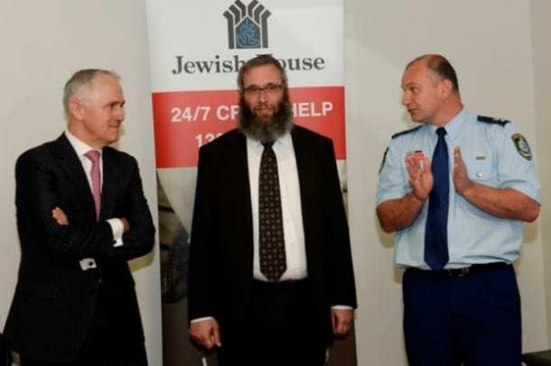 Malcolm Turnbull, Jewish House CEO Rabbi Mendel Kastel and acting Superintendent Zoran Dzevlan
