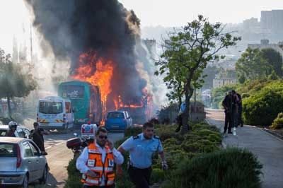 The scene of the bus bombing on Moshe Baram Street in Jerusalem on April 18, 2016. Credit: Nati Shohat/Flash90.