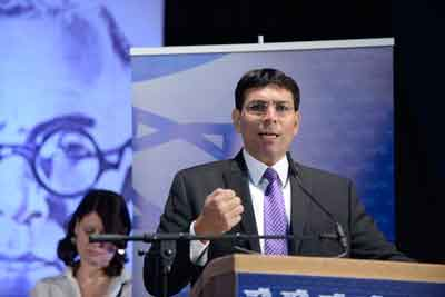 Israeli Deputy Defense Minister Danny Danon speaks at the 4th Likud Party conference at Ganei HaTaarucha in Tel Aviv on May 7, 2014. Credit: Tomer Neuberg/Flash90.