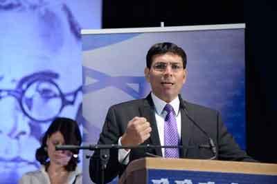 Israeli Deputy Defense Minister Danny Danon speaks at the 4th Likud Party conference at Ganei HaTaarucha in Tel Aviv on May 7, 2014. Credit: Tomer Neuberg/Flash90.