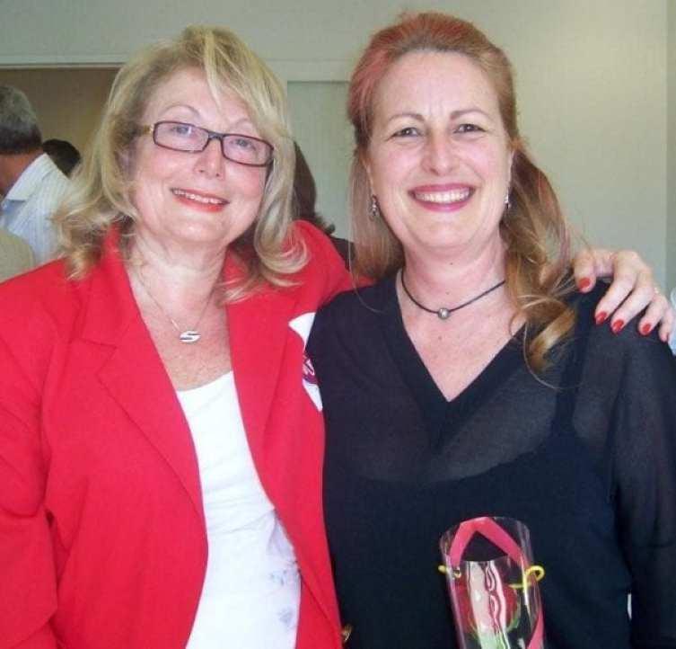 Endrey Walder with Leslie Sutton whose stem cells saved a life