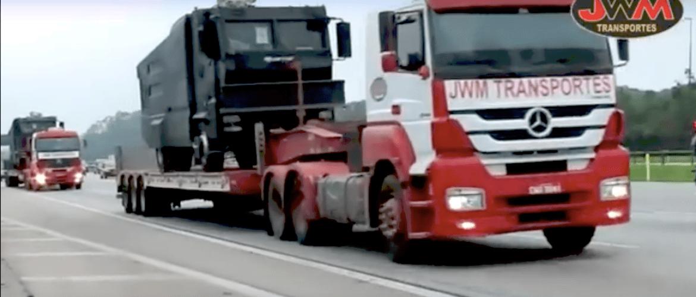 Transporte dos Veículos Blindados da Tropa de Choque de SP.