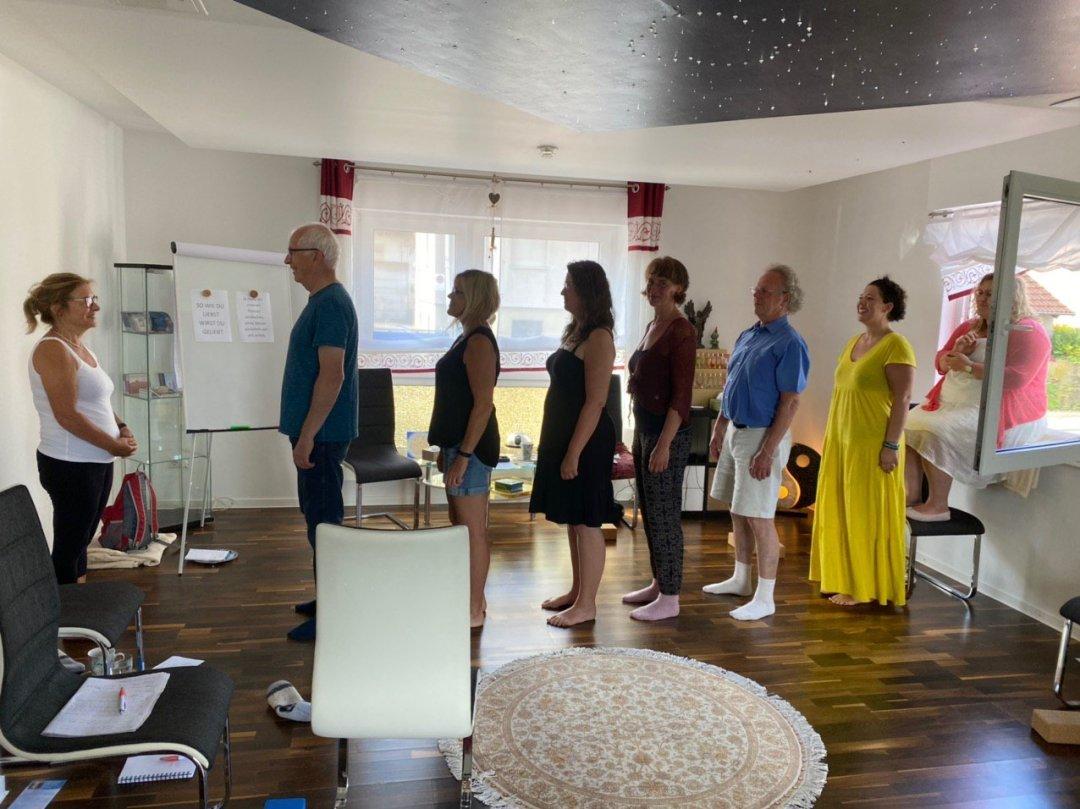 Gemeinsam mit Menschen der gleichen Orientierung, hin zu Bewusstsein, Klarheit, Liebe, Freude und Vielem mehr. Dies gibt es beim Treffen im Bewusstseinscamp – ERFÜLLUNG in Johannesberg.