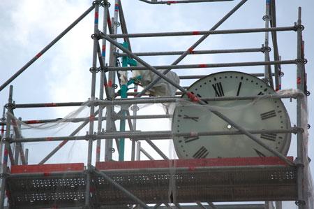 horloge-eglise-auvers-dsc_3445