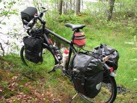 Täysiverinen retkipyörä 5 laukulla