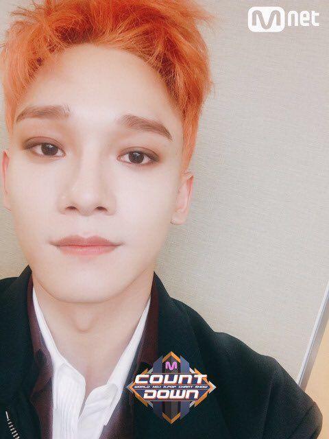 Чен из EXO был замечен с новой прической | K-POP