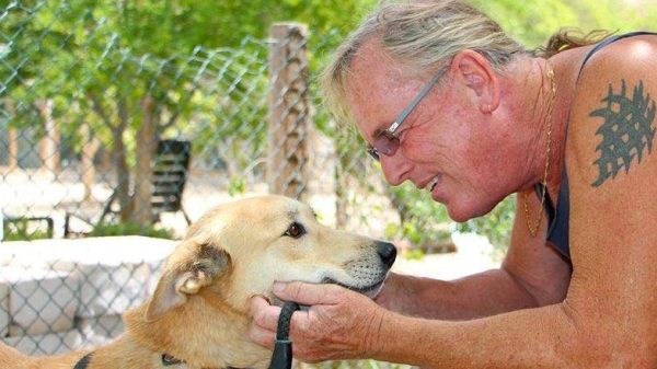 Sandi Thom Shares Tribute to Animal Welfare Legend