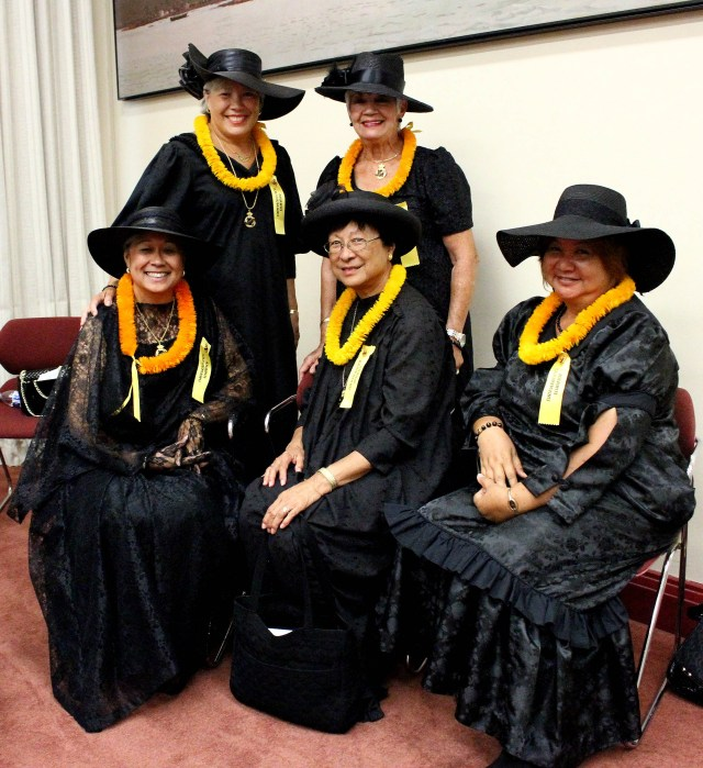 The ladies of 'Ahahui Ka'ahumanu at this morning's 'Onipa'a Celebration at 'IOlani Palace.