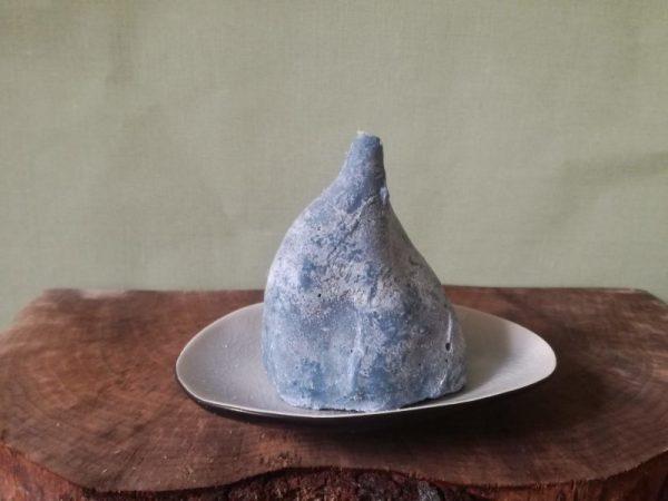 Zoete aardappelpunt kaars, koolzaadwas, ultramarijn blauw