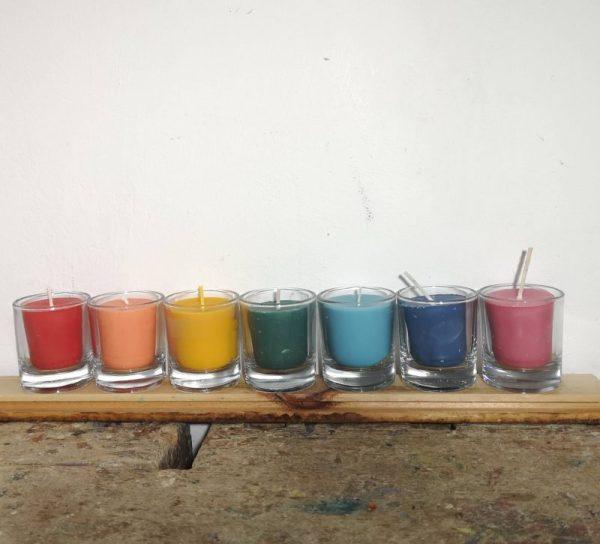 Chakra kaarsjes 7 kleuren, koolzaadwas