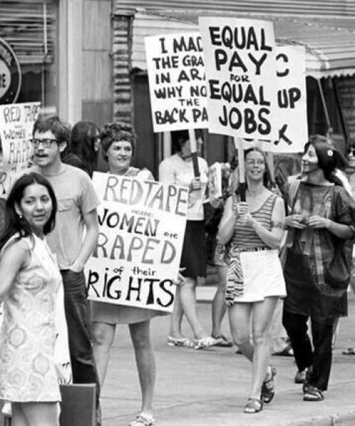 women_struggles (9)