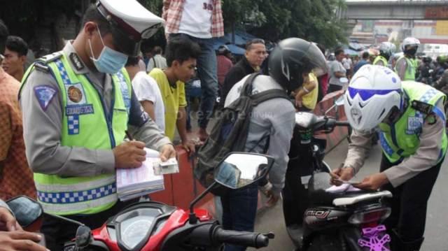Sepekan-Gelar-Operasi-Patuh,-Polisi-Sudah-Tilang-1.101-Pelanggar
