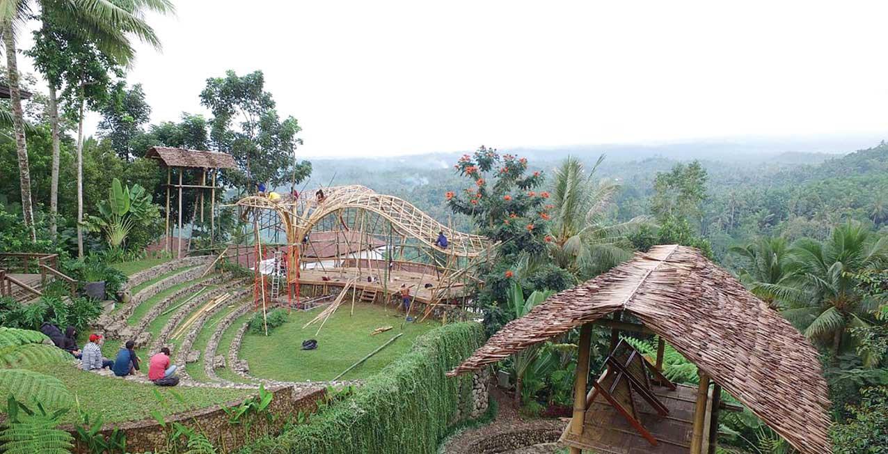 Panggung-terbuka-di-Jiwa-Jawa-Resort-Ijen,-Desa-Tamansari,-Kecamatan-Licin,-ini-bakal-menjadi-saksi-perhelatan-Ijen-Summer-Jazz-2016